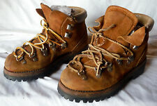Vintage Women WilDerness Brown Suede Leather Hiking Boots sz 5M