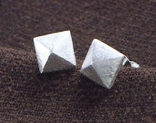 925 Sterling Silver Pyramid Stud Earrings 7mm.