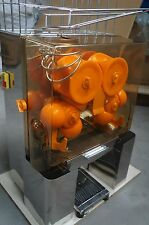 COMMERCIAL AUTO FEED ORANGE  JUICER JUICE MACHINE ...Uk Sale