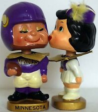 1960s Bobble Head Nodder Minnesota Vikings Kissing Pair Bobbing Football + Box