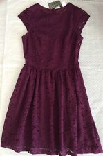 New H&M Lace Red Burgundy Dress size 4 Fit & Flare runs small /fit size 2