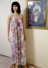 MISS ELAINE 1961 vintage FLORAL GARDEN Sleeveless Nightgown size M medium