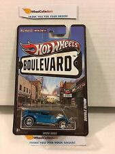Double Demon Blue * Boulevard Hot Wheels w/ Real Riders * Y2