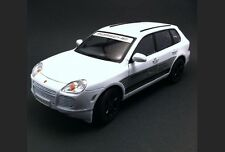 PORSCHE CAYENNE TURBO S SPORTS CUP CENTER NUREMBERG 2007 WELLY 1/18 GERMANY TEAM