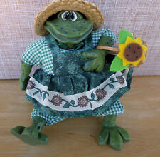 RUSS Frog The Country Folks Collection Mrs Grasshopper Figurine / Shelf Sitter
