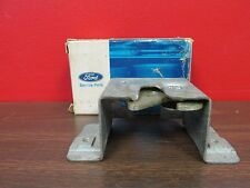 1972 FORD TORINO STATION WAGON  TAILGATE LATCH  NOS FORD  616