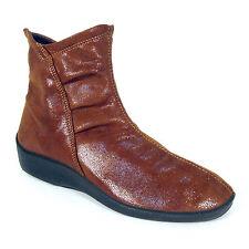 ARCOPEDICO Vegan L19 Lightweight Short Ankle Boots Women's EU 38 / US 7 - 7.5