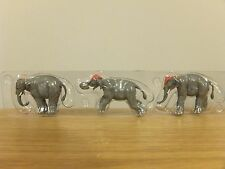 CORGI CHIPPERFIELDS CIRCUS ELEPHANTS, RIDER & PODIUM FIGURES MODELS 31902 1:50