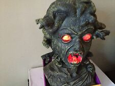 "MEDUSA HEAD BUST ANIMATED EYES LIGHT UP RED SNAKES TALKS MOVE 12"" tall PROP"