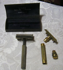 VALET AUTO STRAP SAFET RAZOR & BOX & GILLETTE RAZOR PARTS VINTAGE SHAVING     T*