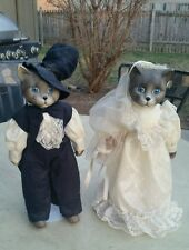 VINTAGE BRIDE AND GROOM CERAMIC  CAT DOLLS HANDMADE OUTFITS WITH STANDS