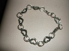 Brand ..New...ANTIQUE.. SILVER.. PLATED.. CHAIN.. LINK.. HEART.. BRACELET.