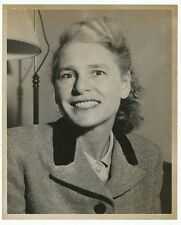 1952 portrait of Margaret Bourke-White, ecx+