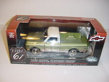 "1/18 Highway 61 Chevy ""High Detail"" 1969 Fleetside Pickup W/Box!"