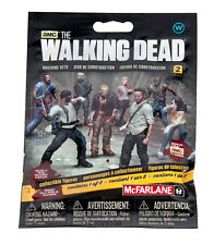 1 x Walker Blind Bag S2 Figur The Walking Dead Building Set MBS 14610 McFarlane