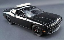 Acme 1:18 Dodge Challenger SRT8, Police Blackout Chase Car