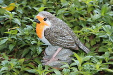 ROBIN REDBREAST GARDEN ORNAMENT BEAUTIFULLY DETAILED GARDEN BIRD - NEW