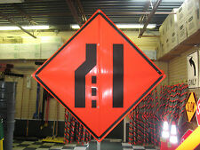 """Merge Right Symbol Fluorescent Vinyl w/ Ribs 48""""x48"""" Roll Up Construction Sign"""