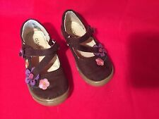 Girls Okie Dokie Toddler Velcro Close Casual Flat Shoes Flower Embellished Brown