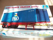 Italeri 1/24 40 ft container trailer model, opened
