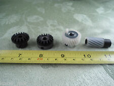 New 4 pcs Hook Drive Gear Set fits SINGER 700 Touch & Sew Series 714 717 719