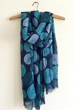 LADIES STRIKING BLUE AQUA ORNATE  CIRCLE ABSTRACT PRINT OVERSIZED SCARF WRAP