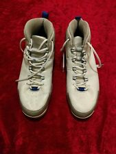 pre-owed Blue , white & grey  size 17 Vince Carter Nike shock shoes