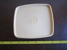 Vintage Tupperware 310 replacement lid press and seal