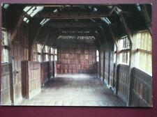 POSTCARD CHESHIRE LITTLE MORETON HALL - THE LONG GALLERY NATIONAL TRUST