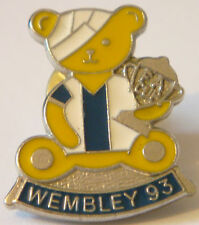 SHEFFIELD WEDNESDAY Rare 1993 FA CUP Badge Stud fitting in chrome 20mm x 24mm