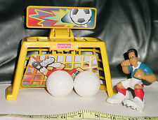 FISHER PRICE KICKING SOCCER PLAYER WITH GOAL - FUN PLAY