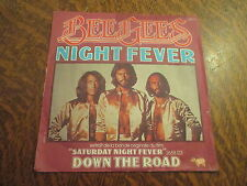 45 tours bee gees night fever