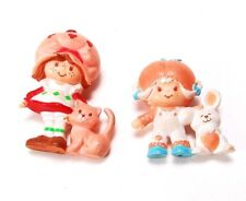 Vintage 1981 STRAWBERRY SHORTCAKE Miniature Figures Apricot & Strawberry - PVC