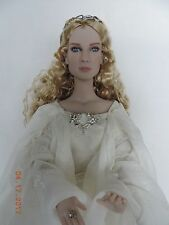 Tonner GALADRIEL, Lady of Light doll