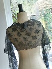 Antique Victorian style tulle chantilly lace shawl long scarf - black