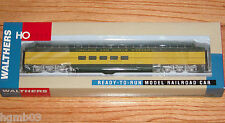WALTHERS 932-6881 PULLMAN STANDARD SUPER DOME CHICAGO & NORTH WESTERN CNW