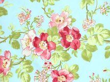 Patchwork Quilt Stoff Shabby Rosenstoff Teerose floral pink rosa Rose auf bleu