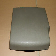 2005 2006 2007 JEEP GRAND CHEROKEE OEM KHAKI CENTER CONSOLE LID