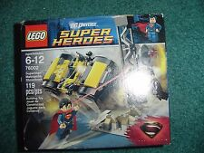 LEGO 76002  DC UNIVERSE SUPER HEROES SUPERMAN  METROPOLIS SHOWDOWN NEW SEALED