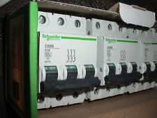 DISJONCTEUR TRIPHASE 16A SCHNEIDER ELECTRIC MERLIN GERIN C 16 AMPERES P.COUP10KA