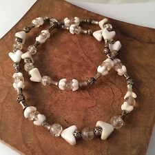 "Vintage Milk Glass Heart Necklace 10.5"" Clear Glass Silver Rose Beads Hearts"