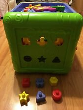 Activity Cube w/ Storage Inside ** Lights up, A Lot Of Activity, Play Pieces