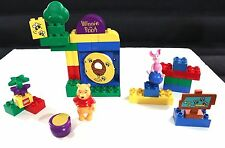 LEGO DUPLO WINNIE THE POOH & PIGLET GO ON A HONEY HUNT COMPLETE