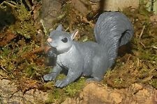 Squirrel Figurine Animal Nativity Village Pesebre Presepio Farm Life Diorama