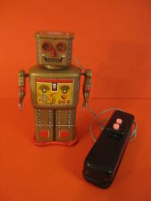 ALL ORIGINAL LINEMAR GOLDEN ROBOT BATTERY OPERATED 1956 SPACE TOY