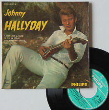 """Vinyle 45T Johnny Hallyday  """"Nous, quand on s'embrasse"""""""