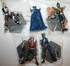 Masked Rider Kamen Figures x 4 2003 Japan Bandai Snap Together on Pedestal
