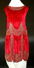 ART DECO SPECTACULAR DRESS. CRIMSON SILK VELVET. SPAIN. CIRCA 1920.