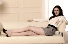 Anne Hathaway Unsigned 8x12 Photo (31)
