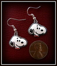 SNOOPY the Beagle DOG Jewelry EARRINGS Charlie Brown's Dog SNOOPY WALKING